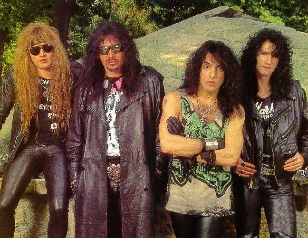 KISS 1992