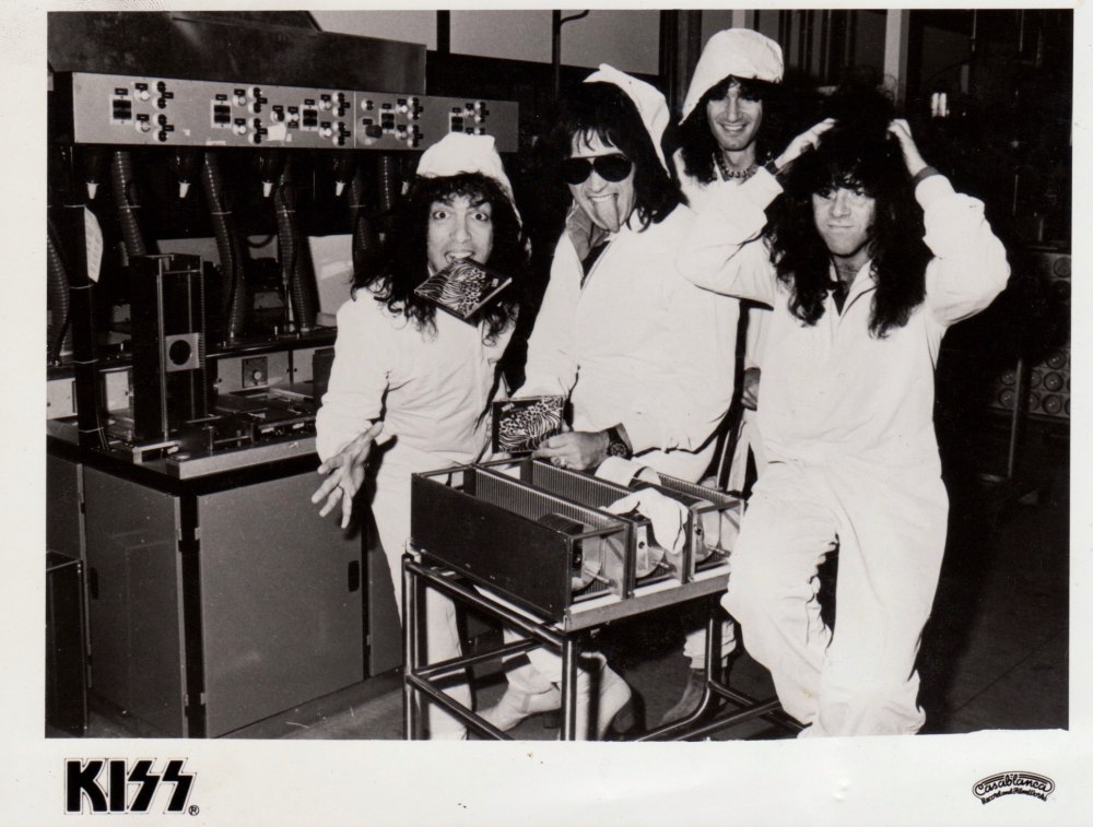 1984 Animalize KISS