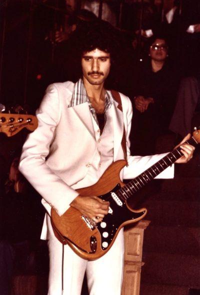 Bruce Kulick Live W/ Andrea True 1975